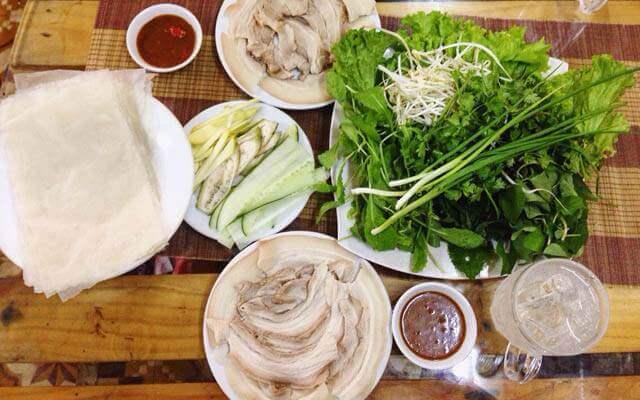 Bánh trang quấn thịt heo - Kinh nghiệm du lịch Đà Nẵng tự túc