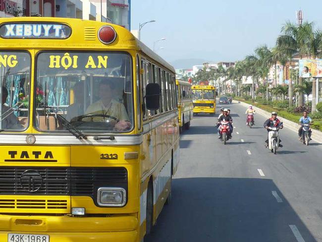 Xe buýt Đà Nẵng - Kinh nghiệm du lịch Đà Nẵng tự túc giá rẻ