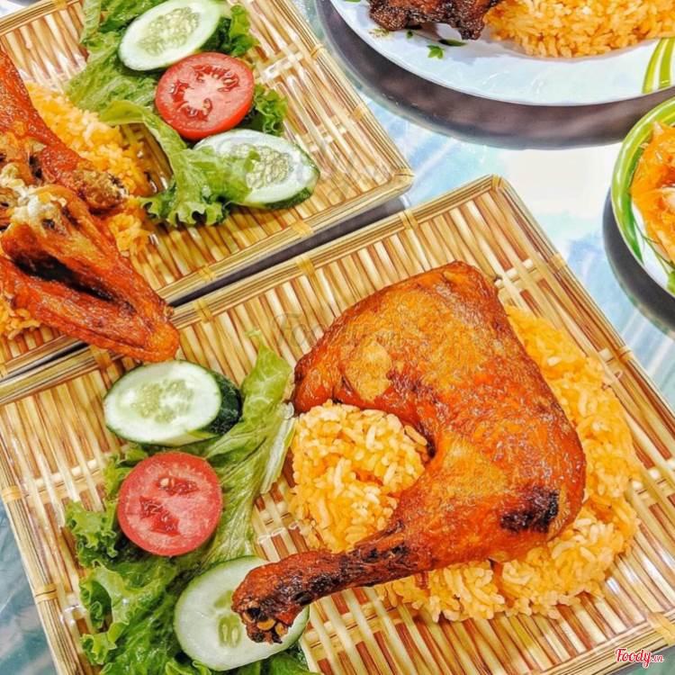 cơm gà hùng phương tại đà nẵng